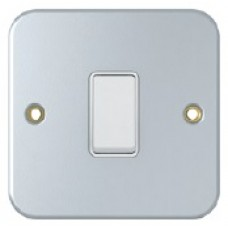 2 Way Metal Clad Light Switches, SM1012