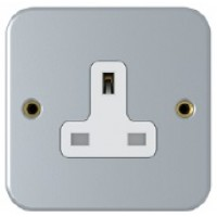 13A, 1 Gang Unswitched Socket, Metal Clad, SM2711